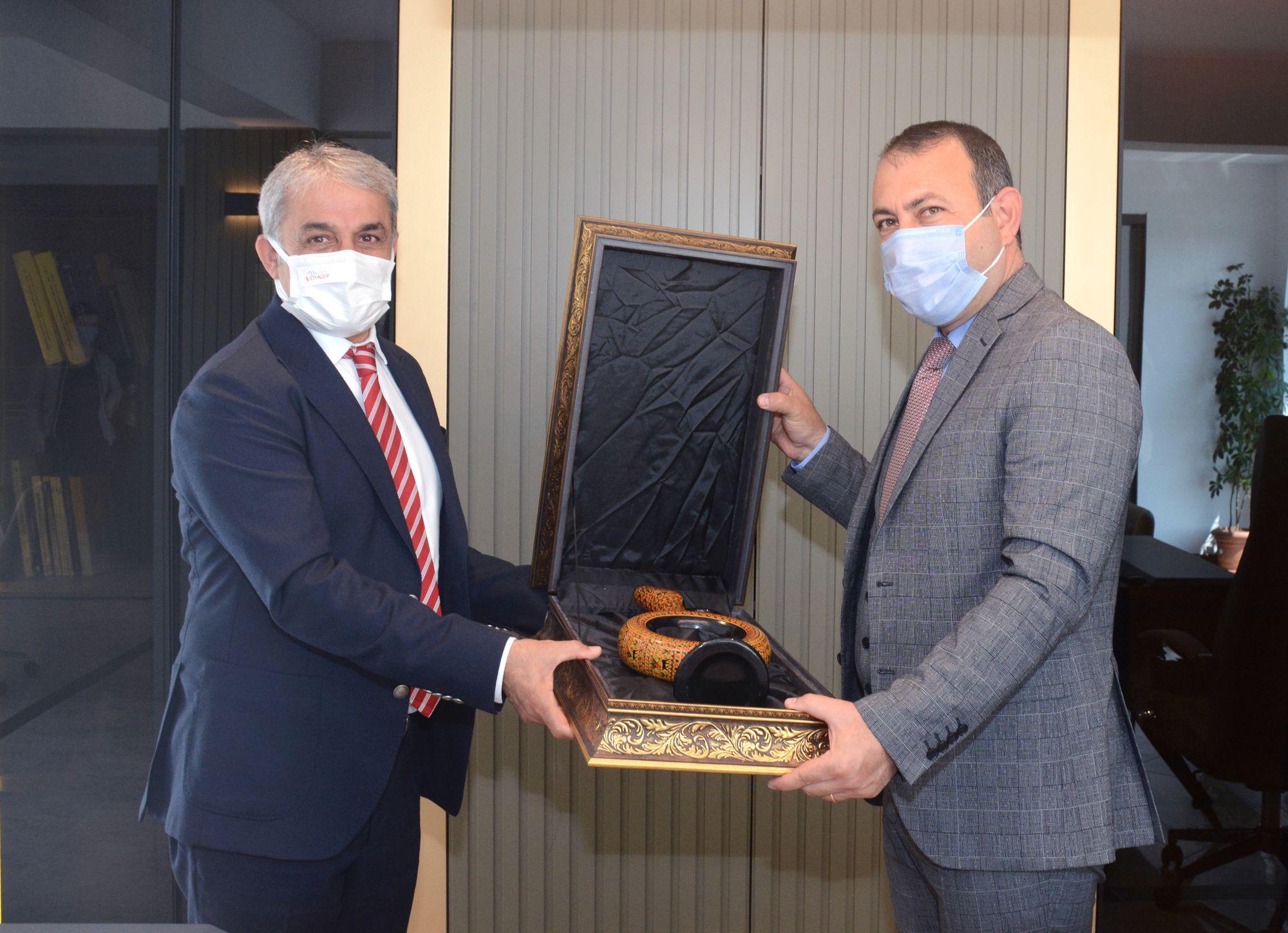 KAPTİD Başkanı Ölmez Ve Yönetim Kurulu, Başkan İbaş'ı Ziyaret Etti.