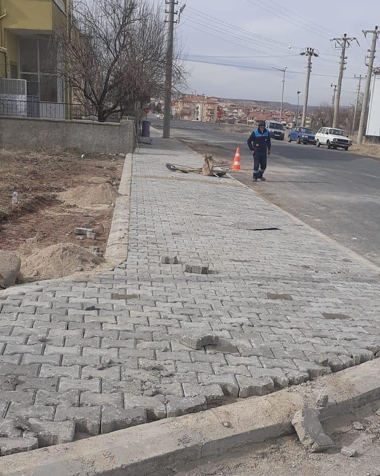 Karaseki Mahallesi Saruhan Caddesi Kaldırım Yapımı Tamamlandı.